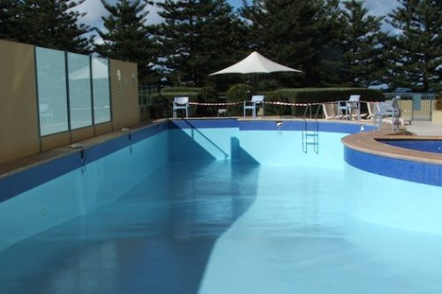 7a - commercial pool - Quest apartments, Cronulla, NSW - roof top pool painting