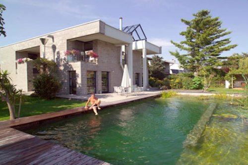 4 natural swimming pool